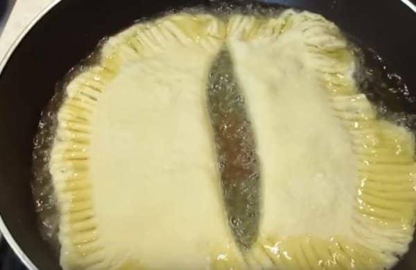 d8c6117a413d3f8cea2613cde2c67b46 Як приготувати чебуреки з мясом в домашніх умовах? Рецепти дуже смачних чебуреків